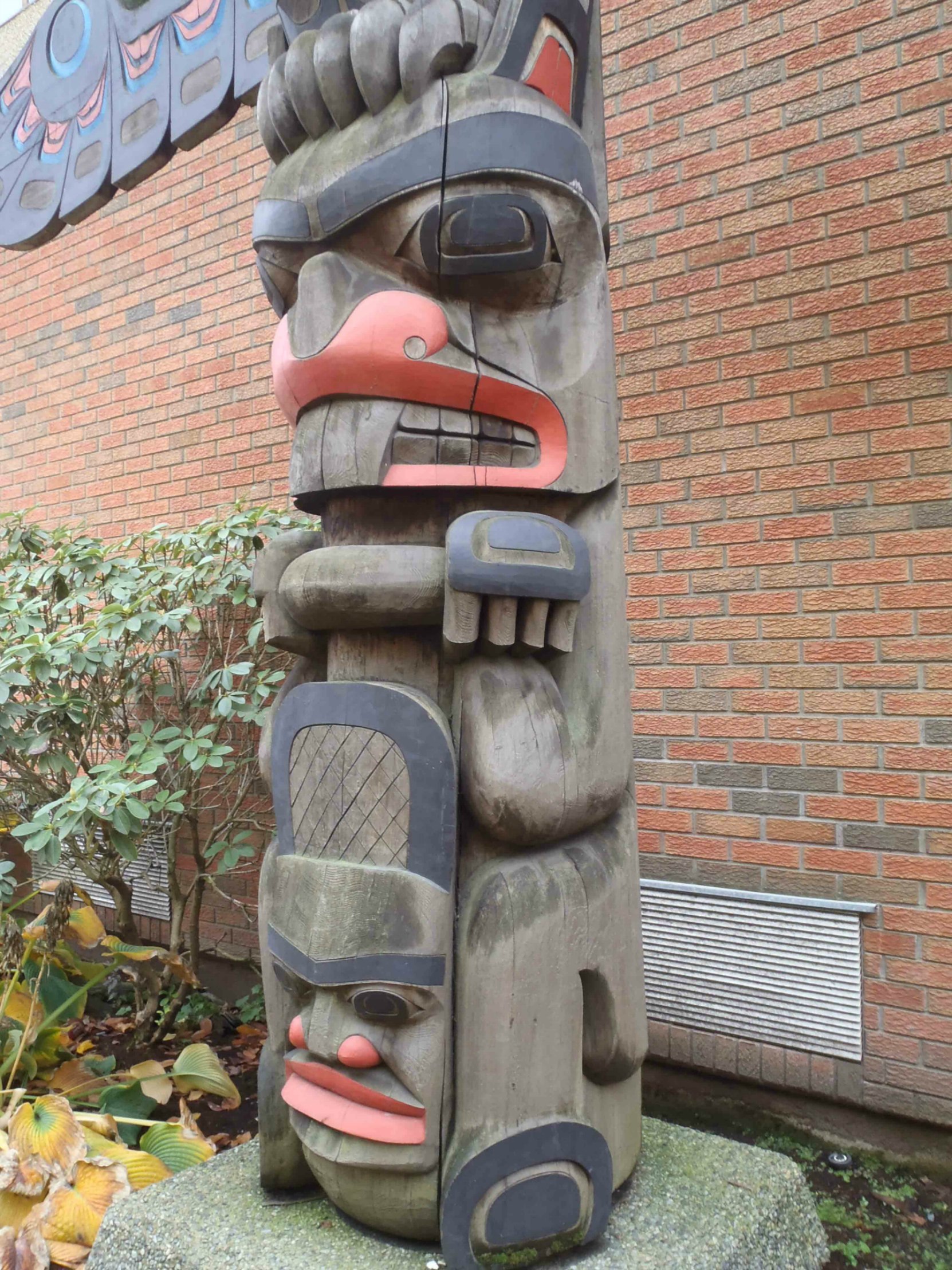 Eagle Pole, Lois Lane, off Canada Avenue, Duncan, B.C. Beaver figure