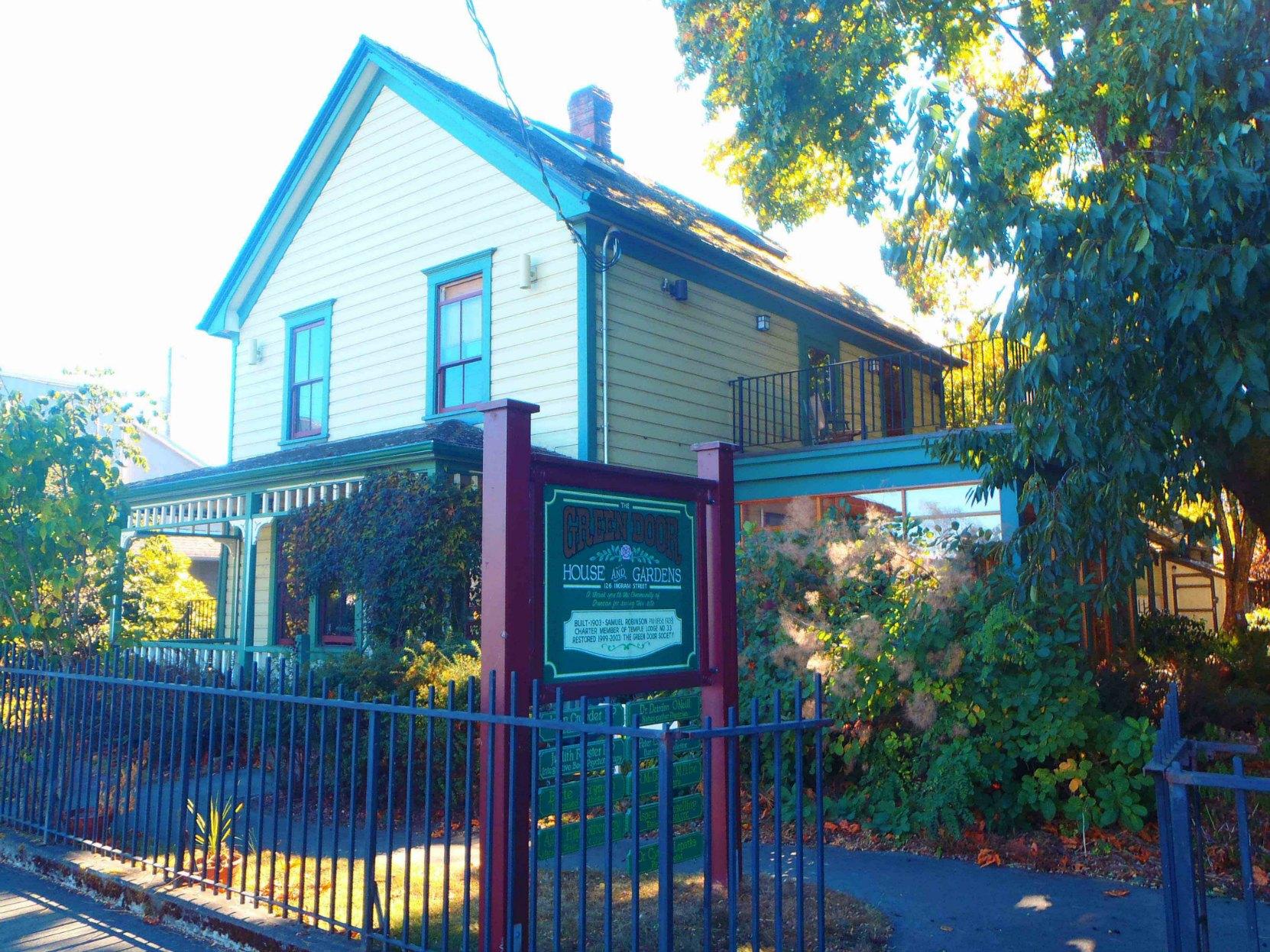 The Green Door, 126 Ingram Street. Built in 1903 for Andrew Hans Peterson by contractor Samuel Robinson