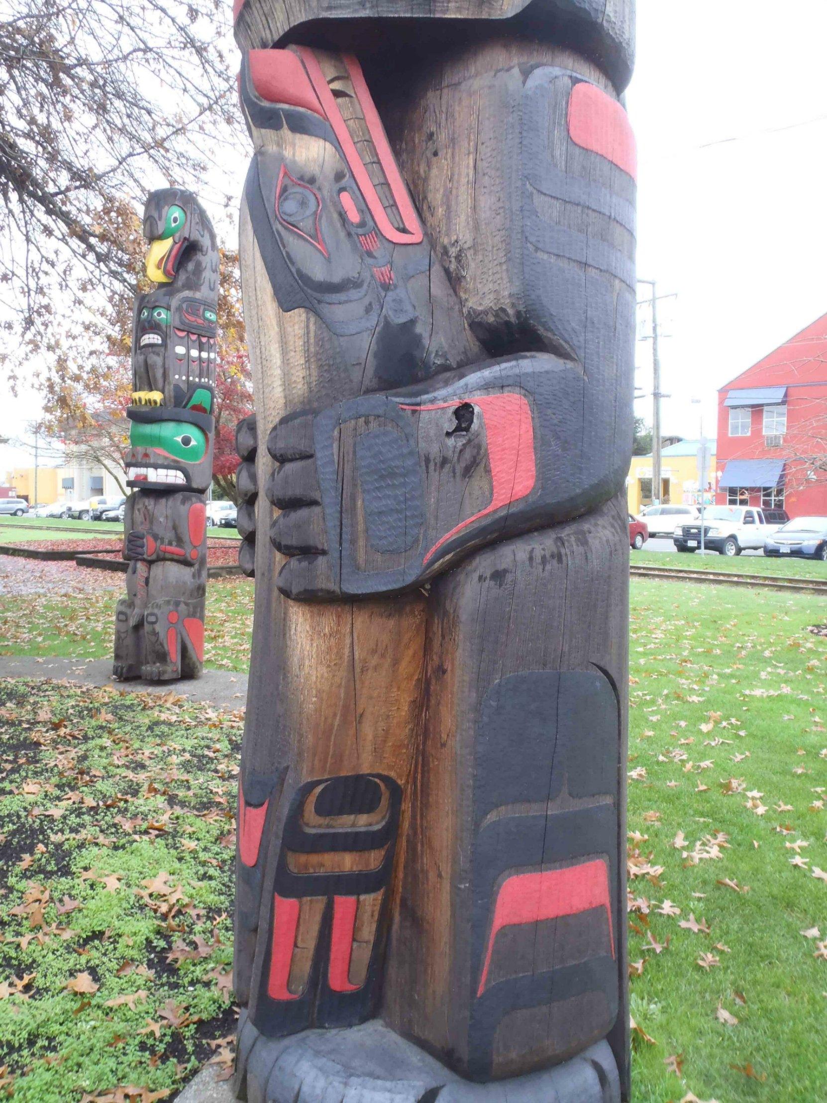 Kwagu'l Bear Holding A Seal, Seal figure, Charles Hoey Park, Canada Avenue, Duncan, B.C.