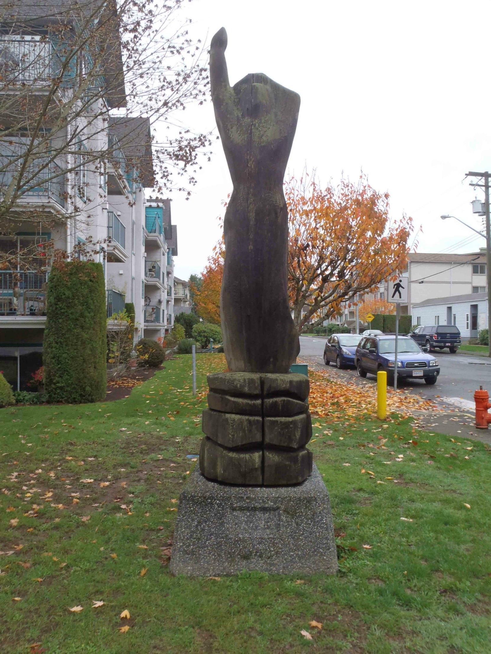 La Fille De Dunes sculpture, Centennial Park, Duncan, B.C.