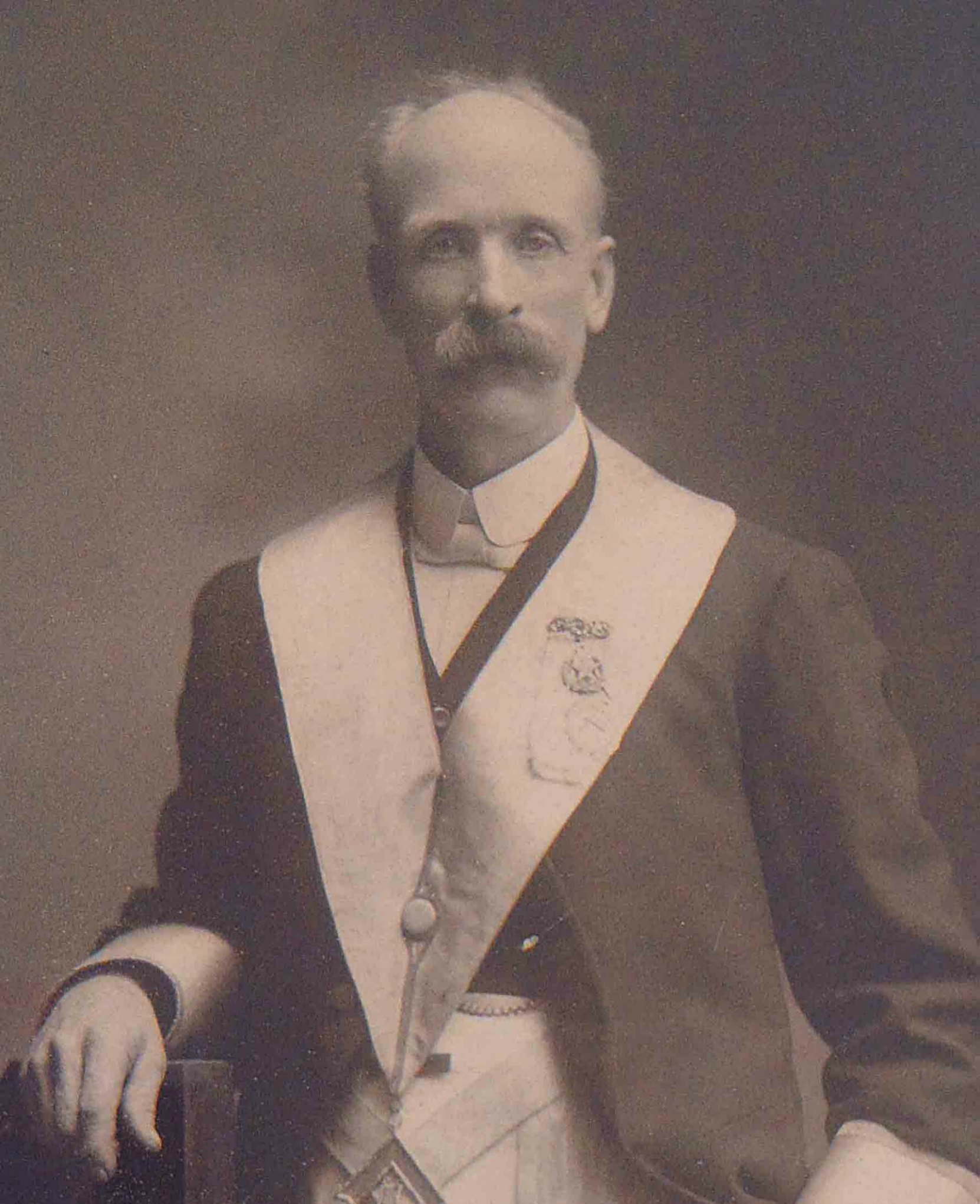 Samuel Robinson in Masonic regalia, circa 1902 (Photo courtesy of Temple Lodge, No.33 A.F.&A.M.)