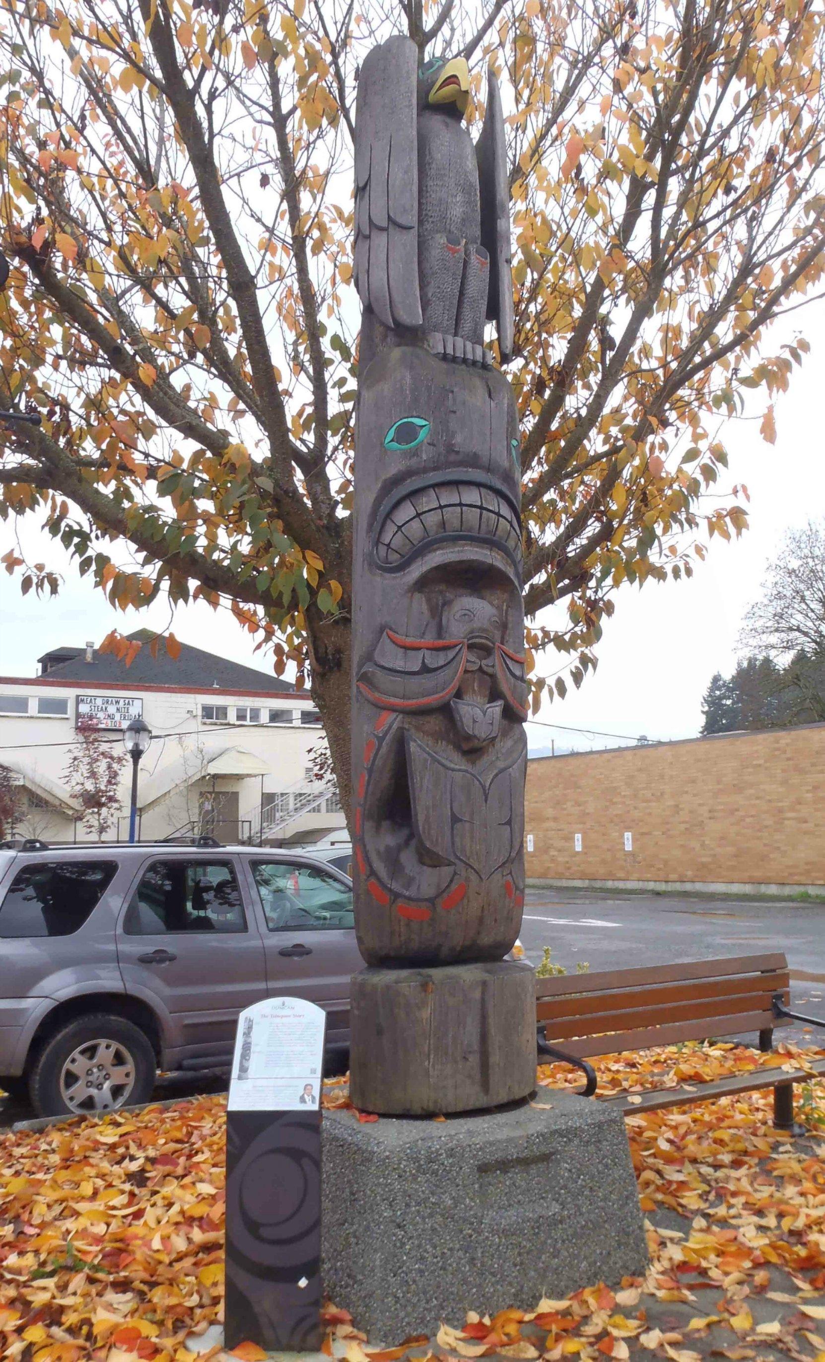 Tzinquaw Story totem pole, Kenneth Street, Duncan, B.C.
