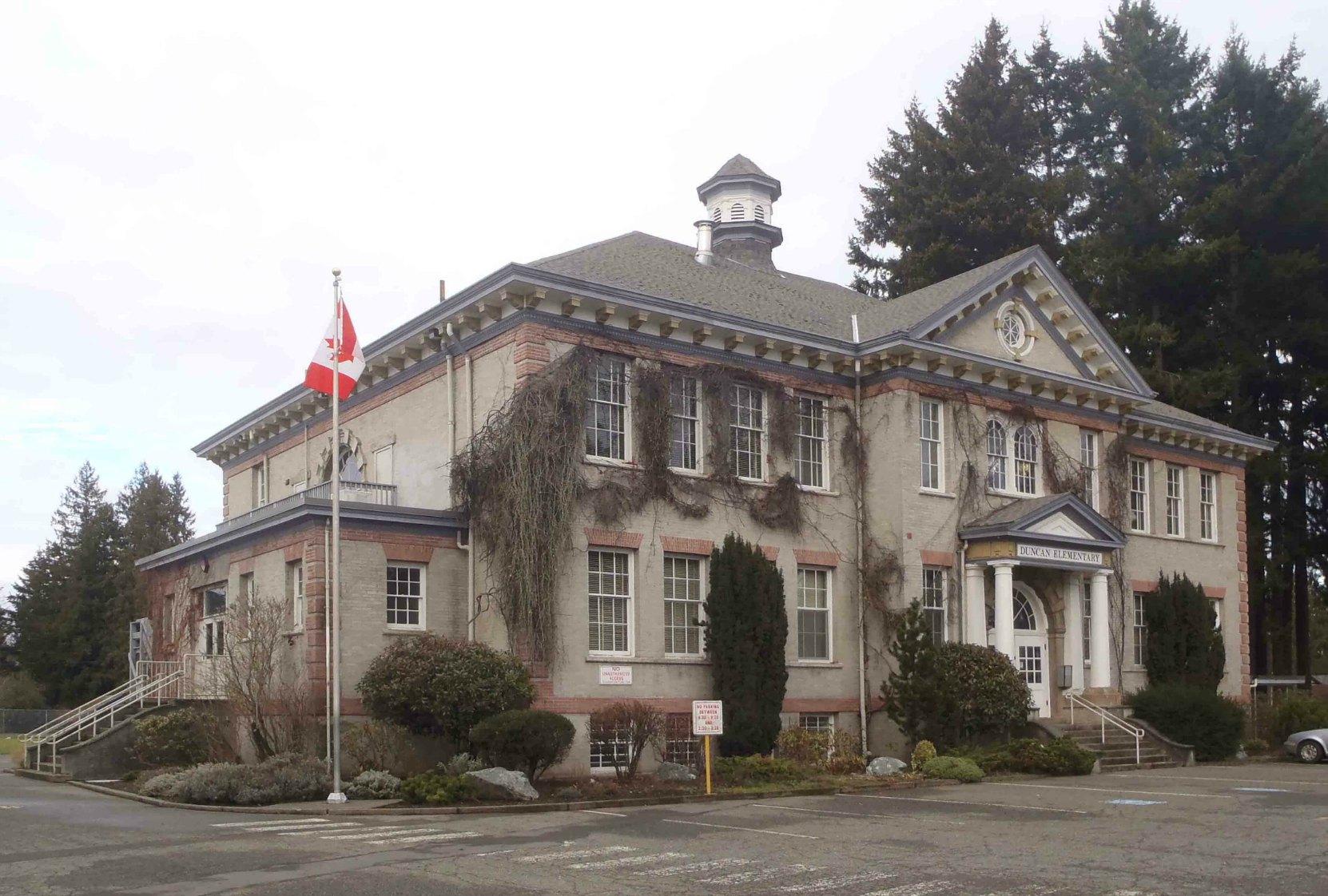 Duncan Elementary School, built in 1913