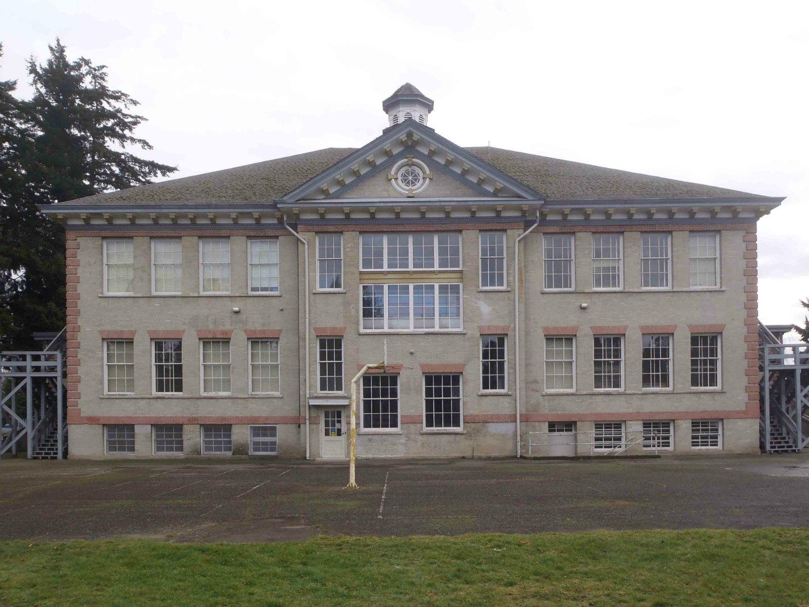 Duncan Elementary School, rear elevation.