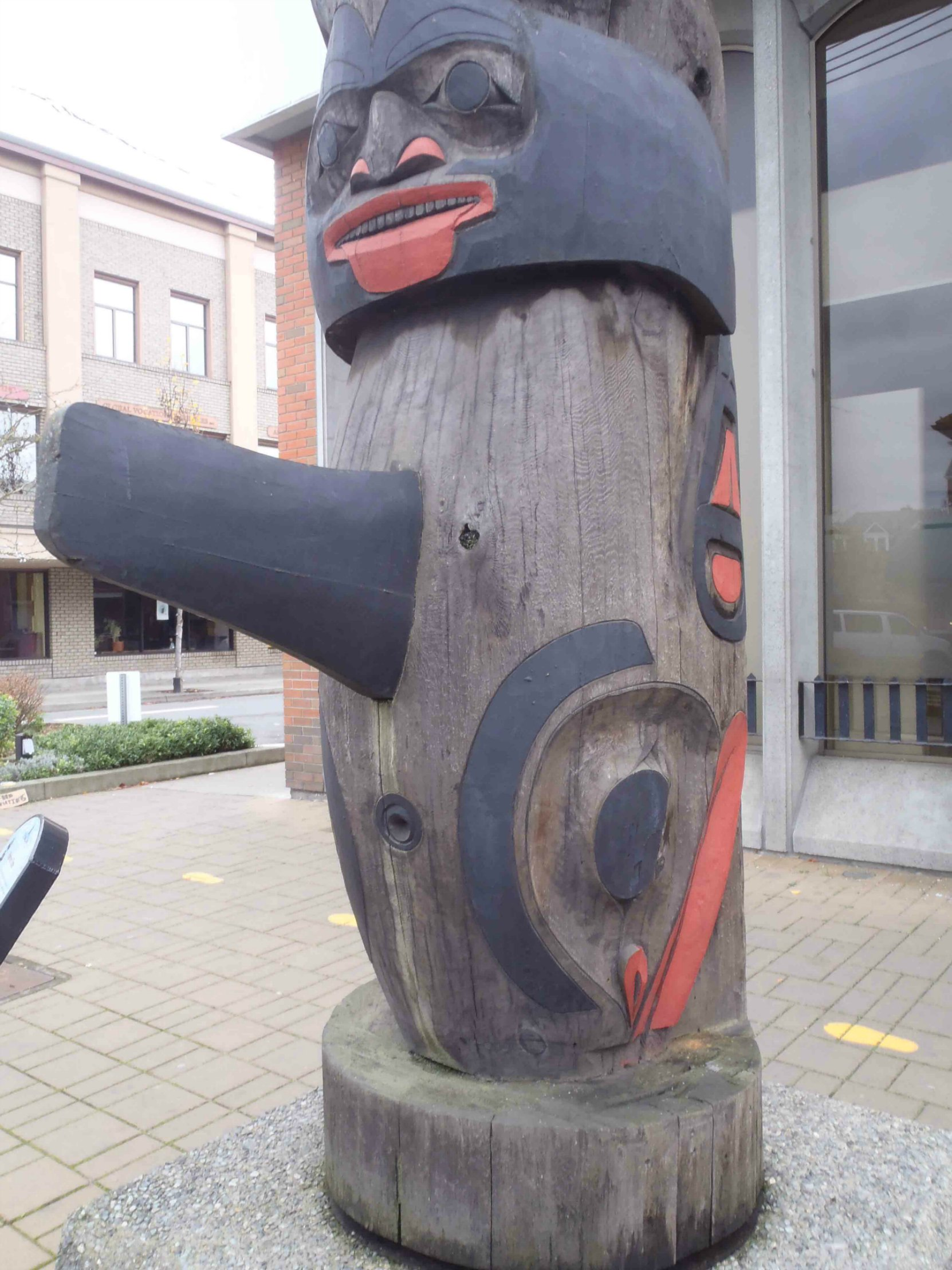 Harvest Time totem pole, Killer Whale figure, Station Street and Craig Street, Duncan, B.C.