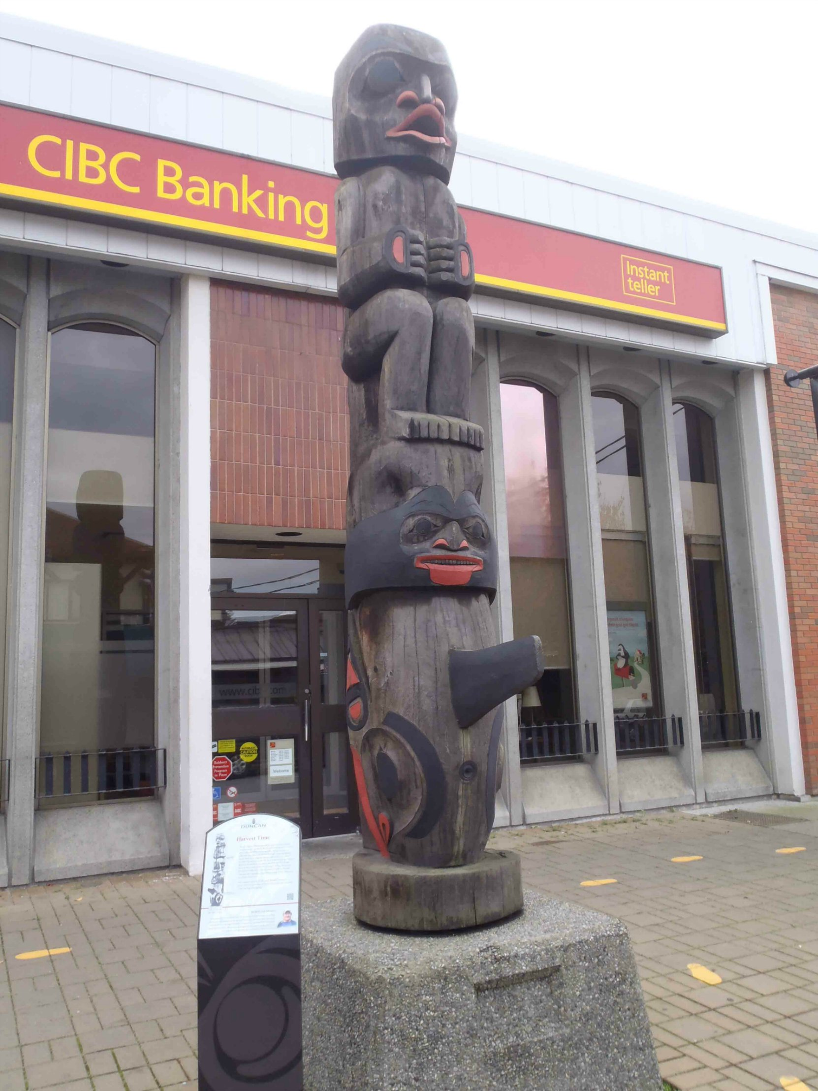 Harvest Time totem pole, Station Street and Craig Street, Duncan, B.C.